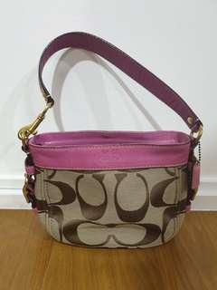 Good condition coach hobo shoulder carry on bag
