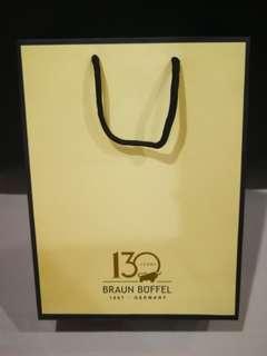 Braun Buffel Paper Bag