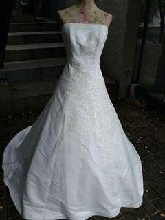 Gaun pengantin Size Jumbo