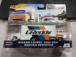 Hotwheels Team Transport Nissan Laurel 2000 SGX and Sakura Sprinter
