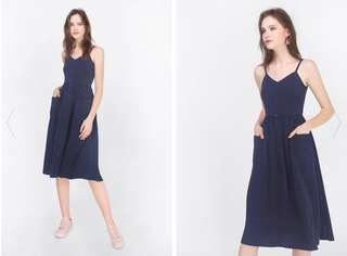 🚚 Fayth Laela Pocket Midi Dress  Brand New Size S    Navy Color