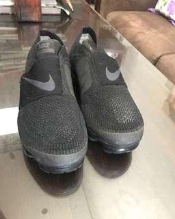 Nike Vapormax Triple Black Strap size 40.5