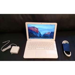 Apple MacBook Unibody Laptop MC516LL/A 2.40GHz 500GBHDD 8GB OS High Sierra 2017!