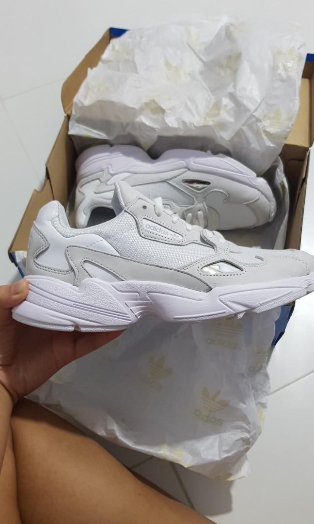 Adidas Originals Falcon W (triple white