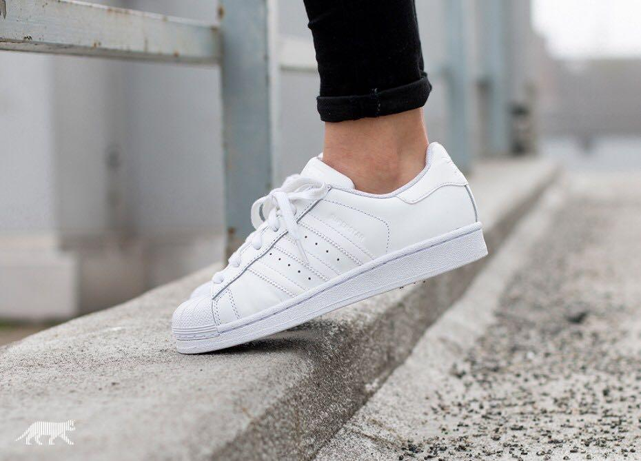 newest b8b47 68183 Adidas SuperStar All White, Men's Fashion, Footwear ...
