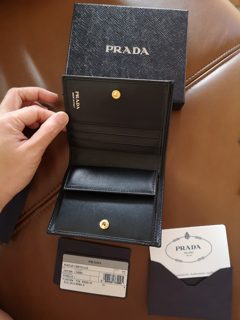 8d680ef6bc60 Authentic Prada wallet, Luxury, Bags & Wallets, Wallets on Carousell