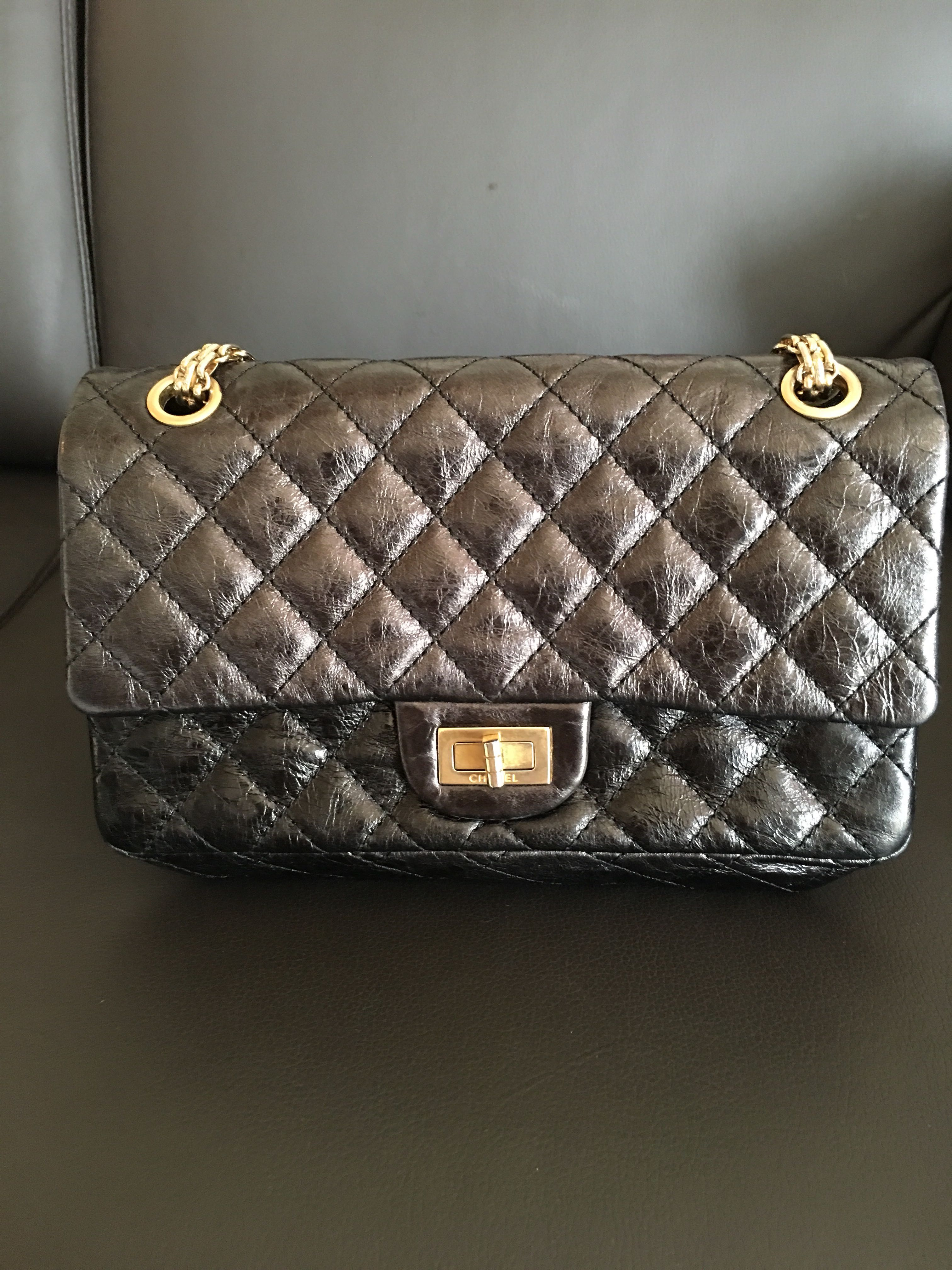82ef5f08d220 Chanel 2.55 Reissue Small Flap Bag, Women's Fashion, Bags & Wallets ...