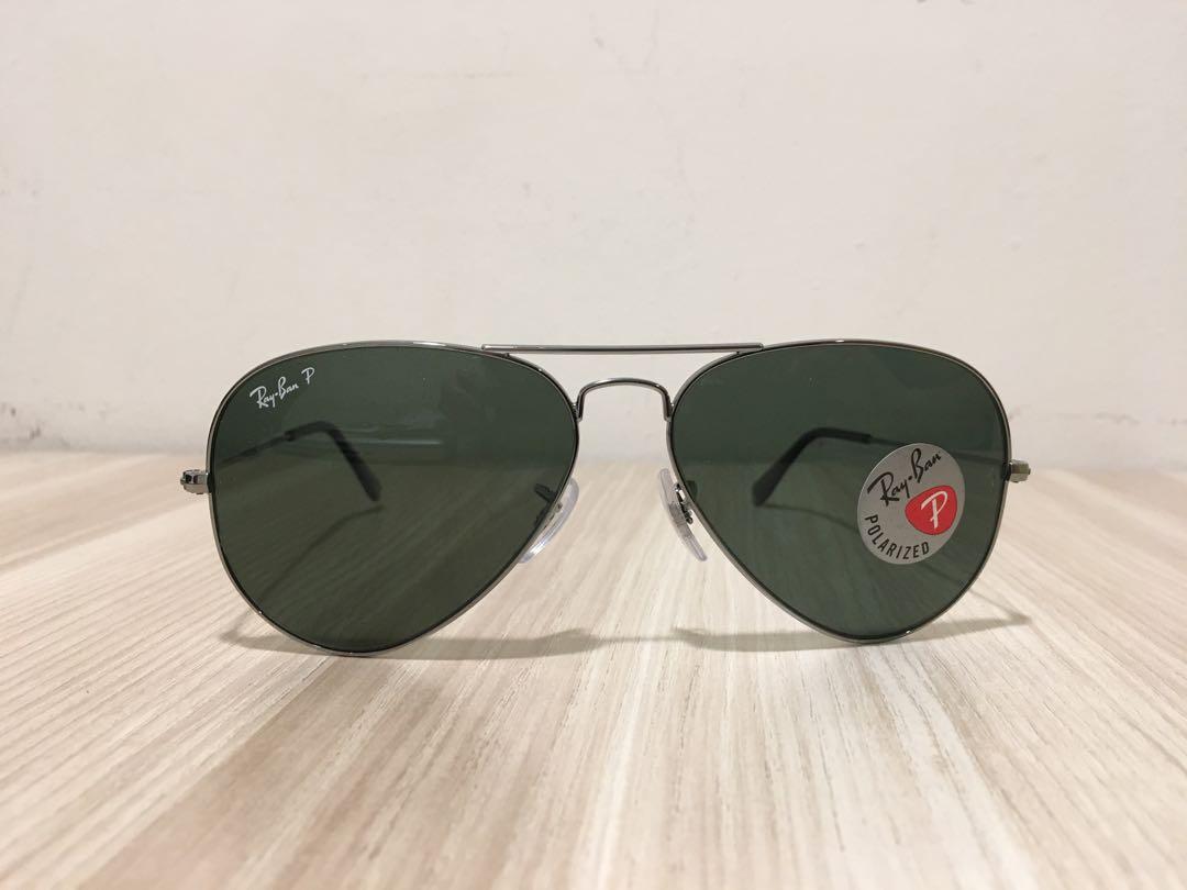 a59e72a7c0b0 Ray-Ban Men s Classic Polarized Aviator Sunglasses