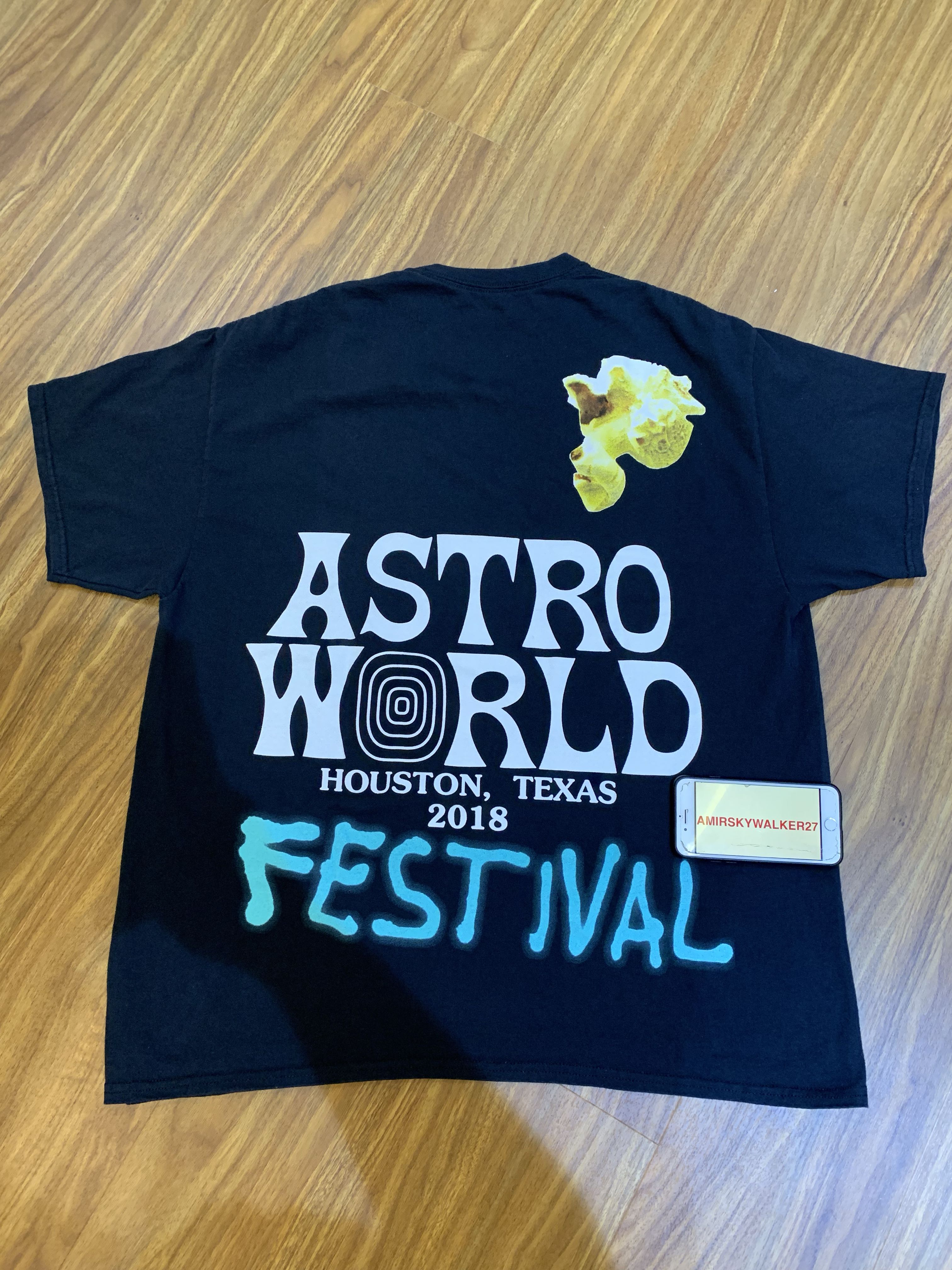 262f0adf Travis Scott Astroworld Festival AirBrush T-Shirt XL, Men's Fashion,  Clothes, Tops on Carousell