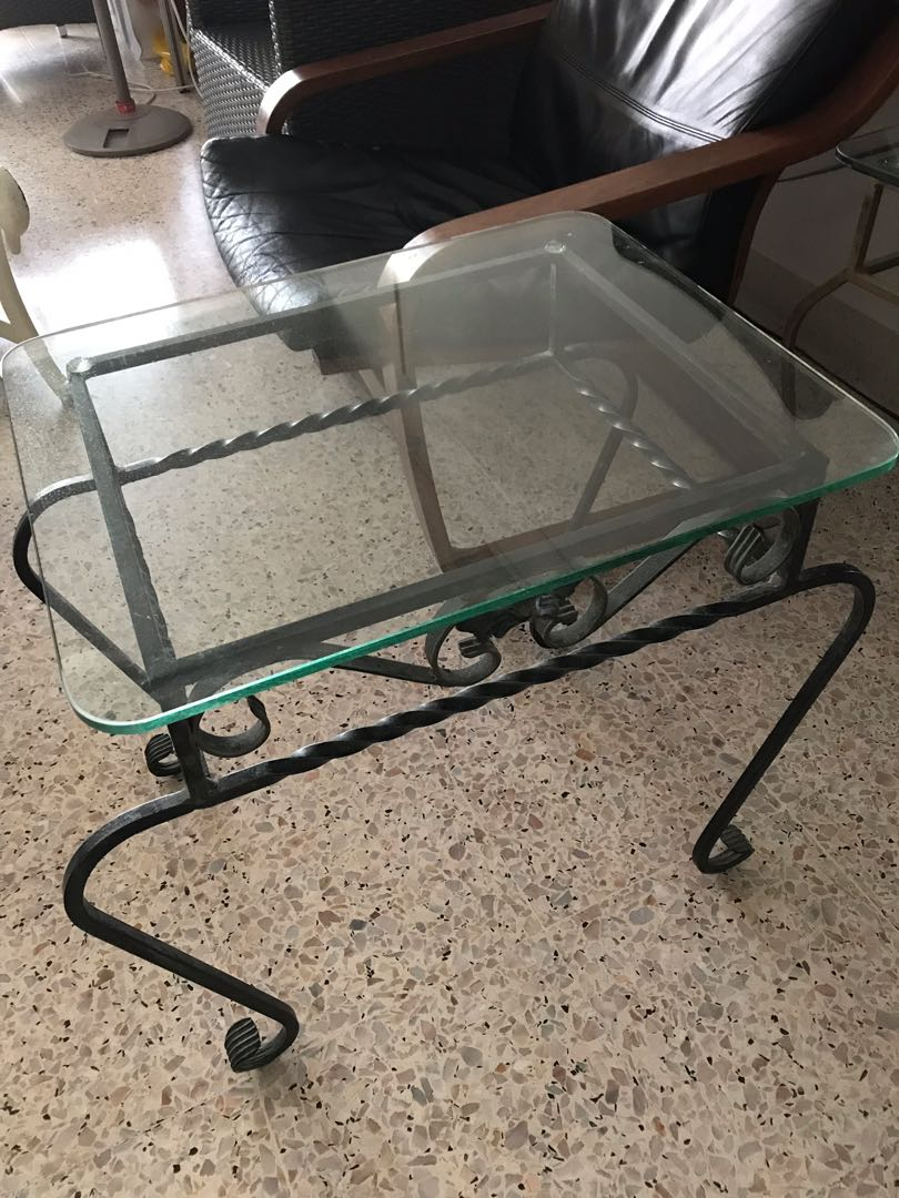 5311c8807e27 Wrought iron glass table