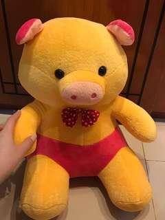Boneka babi pig besar