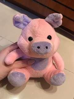 Boneka babi kecil pink