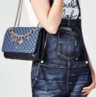 🚚 Guess Handbag (Limited Edition)