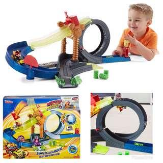 BRAND NEW Fisher Price Mickey and the Roadster Racers Super charged Mickey Drop & Loop Playset