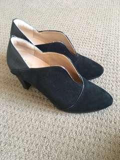 ZIERA leather comfortable heels