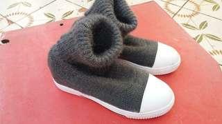 Size 39 冬天boots 保全良好