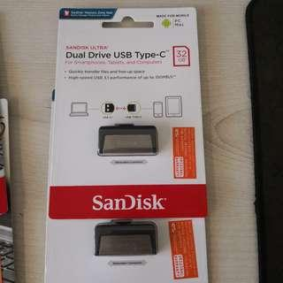 USB Flash Dual Drive. Type C And USB
