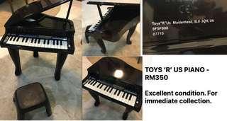 Toys 'r' us piano set