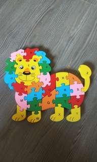 Used animal lion wooden jigsaw puzzle ABC 123