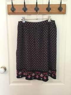 Jeanswest Pattern Skirt Size 10