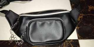 Waistbag kulit