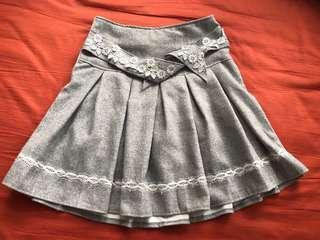 灰色厚身百褶裙