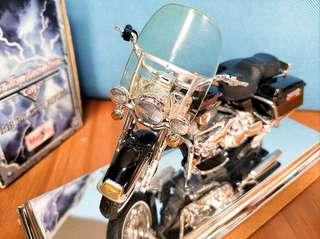 HARLEY DAVIDSON FLHR Road King 1:18 電單車模型
