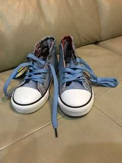 Denim coloured canvas shoes for kids age 4-7 and 10-13