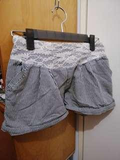 黑白間條短褲(free)免費送出 買一送一