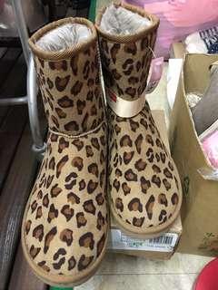 🚚 日本 短靴 毛靴 雪靴 25cm