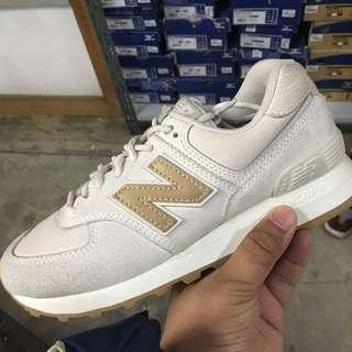 New Balance 574 Classic Traditionales White Womens Size 6.5 7.5