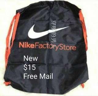 🚚 Nike factory store Drawstring Bag
