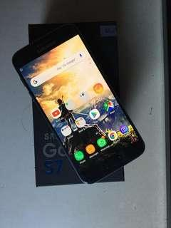 Samsung S7 (NOT EDGE)
