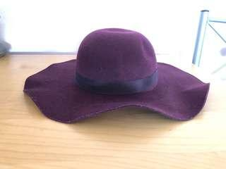Burgundy hat - Top shop