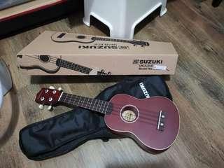 Suzuki Ukulele almost new for sale $35