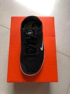 Nike Free RN 2018 size 11c - BRAND NEW
