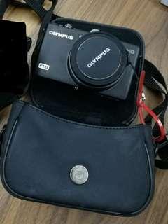 Olympus XZ1 compact camera + underwater housing