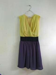 Sleeveless Dress with side zip #JAN50
