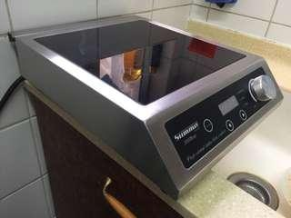 Induction 3000 Watts (Good For Restaurant n Cafe) Like New