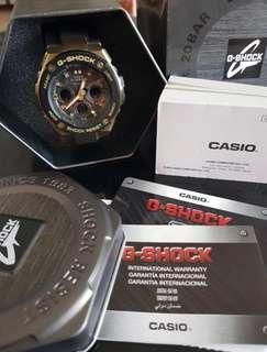 Jam G-Shock , baru dipake 3 kali aja . Komplit masih ada box nya. Bisa COD daerah Jakarta pusat