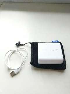 Anker Power Core Fusion 5000 power bank charger