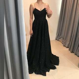 BALL GOWN / EVENING DRESS / GOWN / PROM FOR RENT