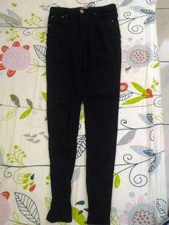 🚚 全新)黑色彈性緊身長褲