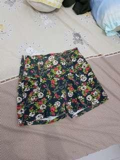 Floral buttom high waist