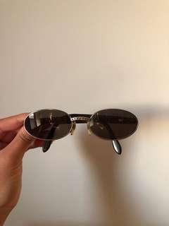 VINTAGE - Oval Sunglasses