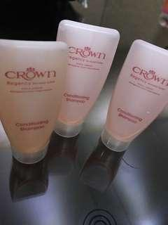 FREE BLESSING Conditioning shampoo