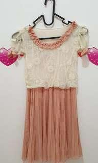 Sweet pink lacey dress