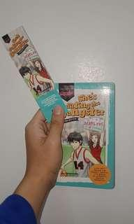 PRE-LOVED BOOKS: She's Dating the Gangster