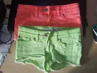2 pcs Cute Mini shorts for girls - fits 3 to 6 years old