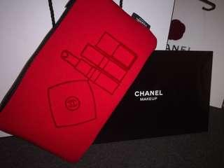 *FREE SHIPPING* Chanel 2018 Christmas 2D Puffy Makeup Pouch with Box